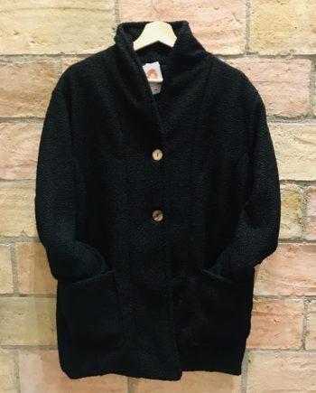 Abrigo corto negro con polar